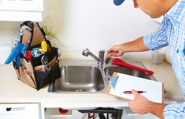 5 Plumbing Situations That Require An Emergency Call